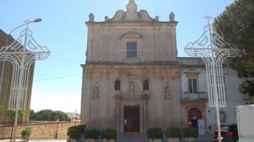 la chiesa di san Francesco d'Assisi in piazza Mario Pagano